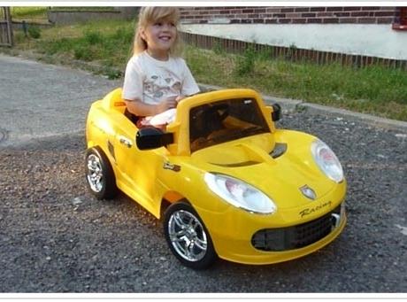 Elektrické auto na vozenie detí - Poršáčik (7266A)