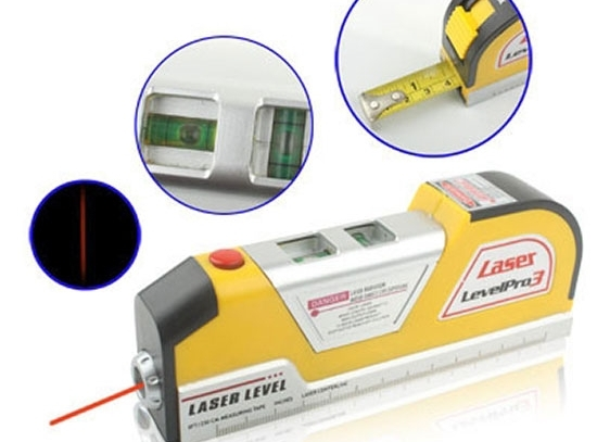 Laserová vodováha so zasúvateľným metrom - Level Pro 3